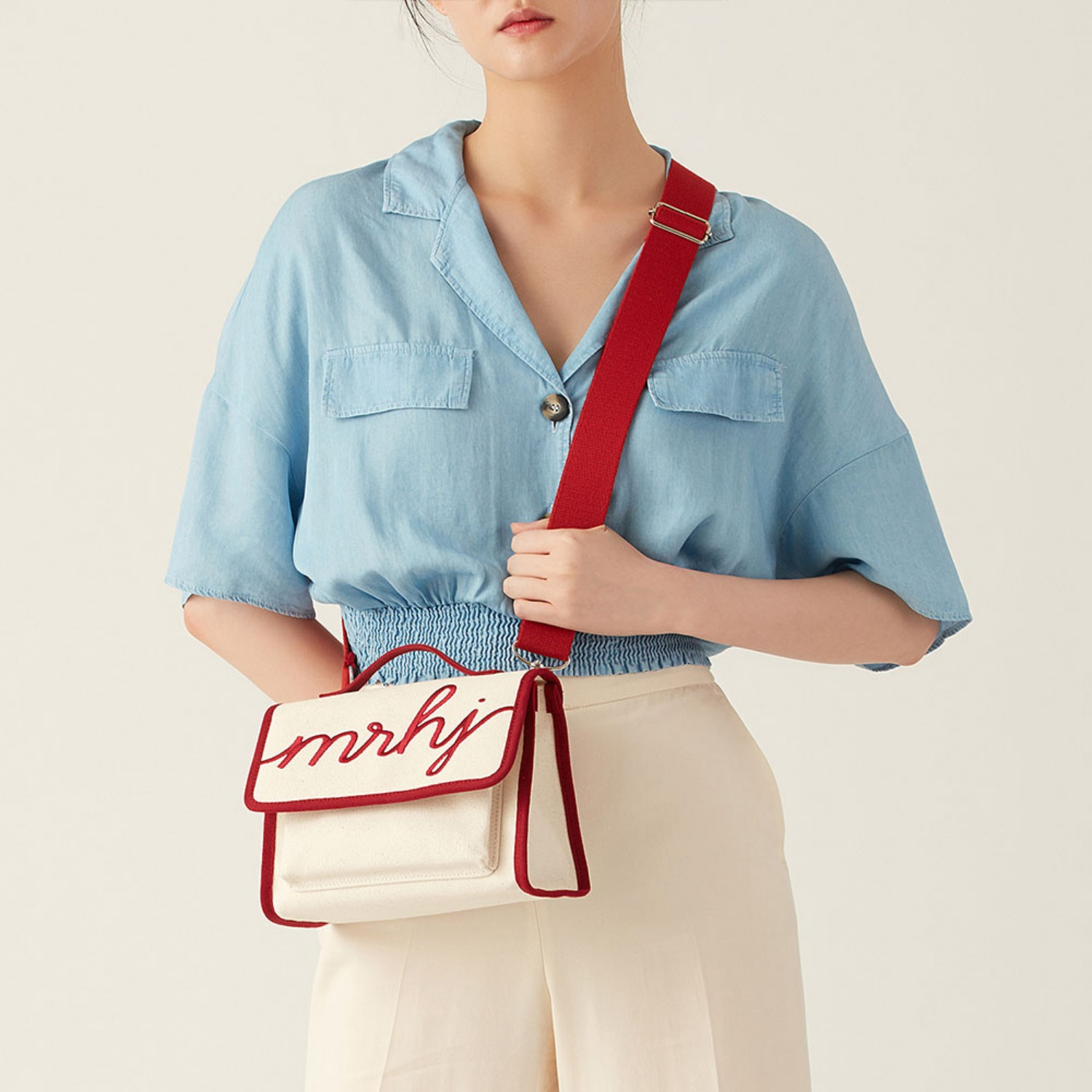 [Pre-order 20%OFF] SUNNY BAG IVORY (Length adjustable strap is included)