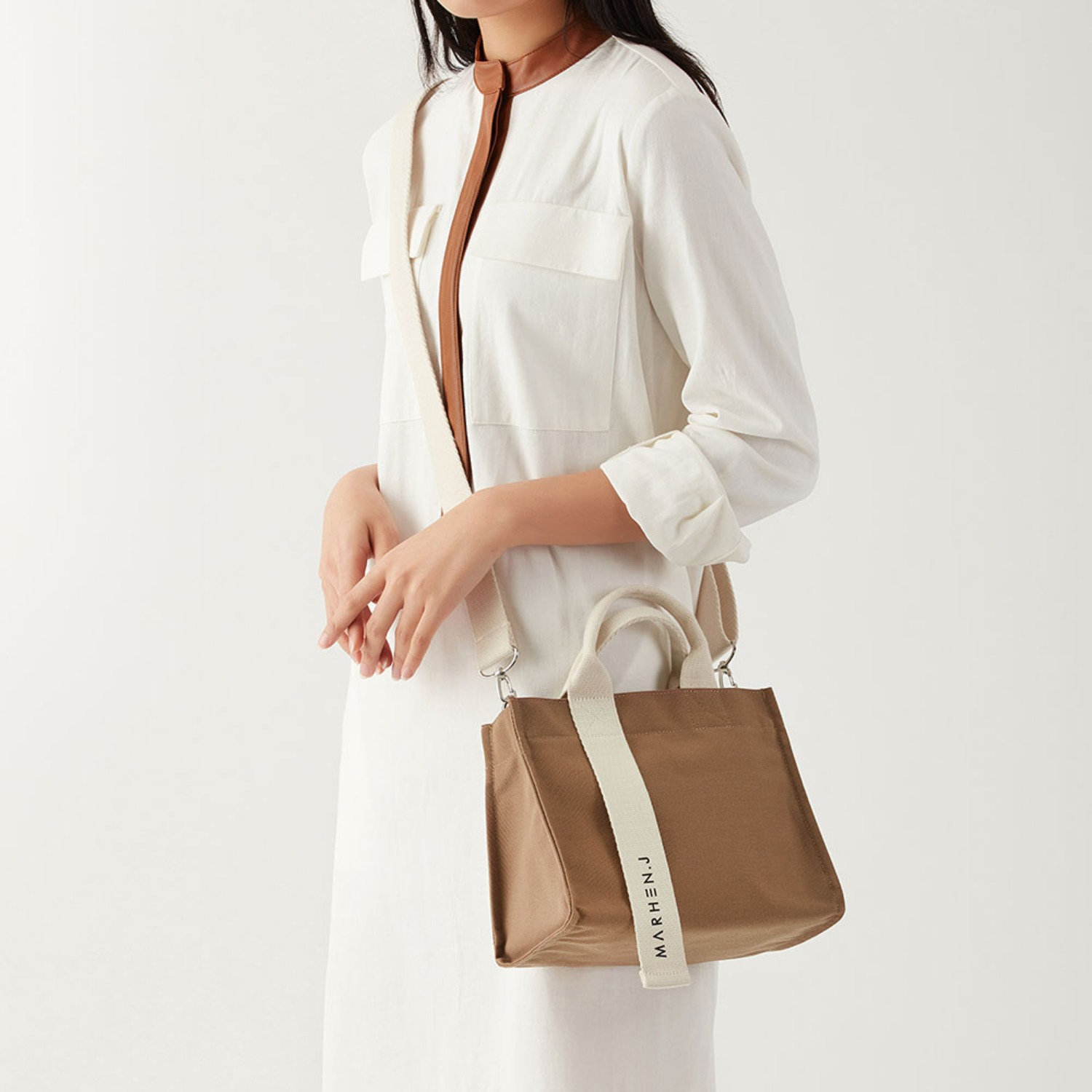 RICO MINI SAND BEIGE (Length adjustable strap is included)